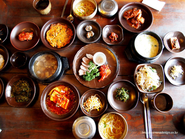 Korean restaurants the muscle tailor for Authentic korean cuisine